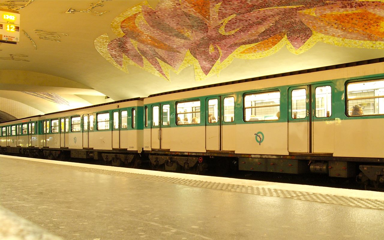 Cluny La Sorbonne Métro Station 2