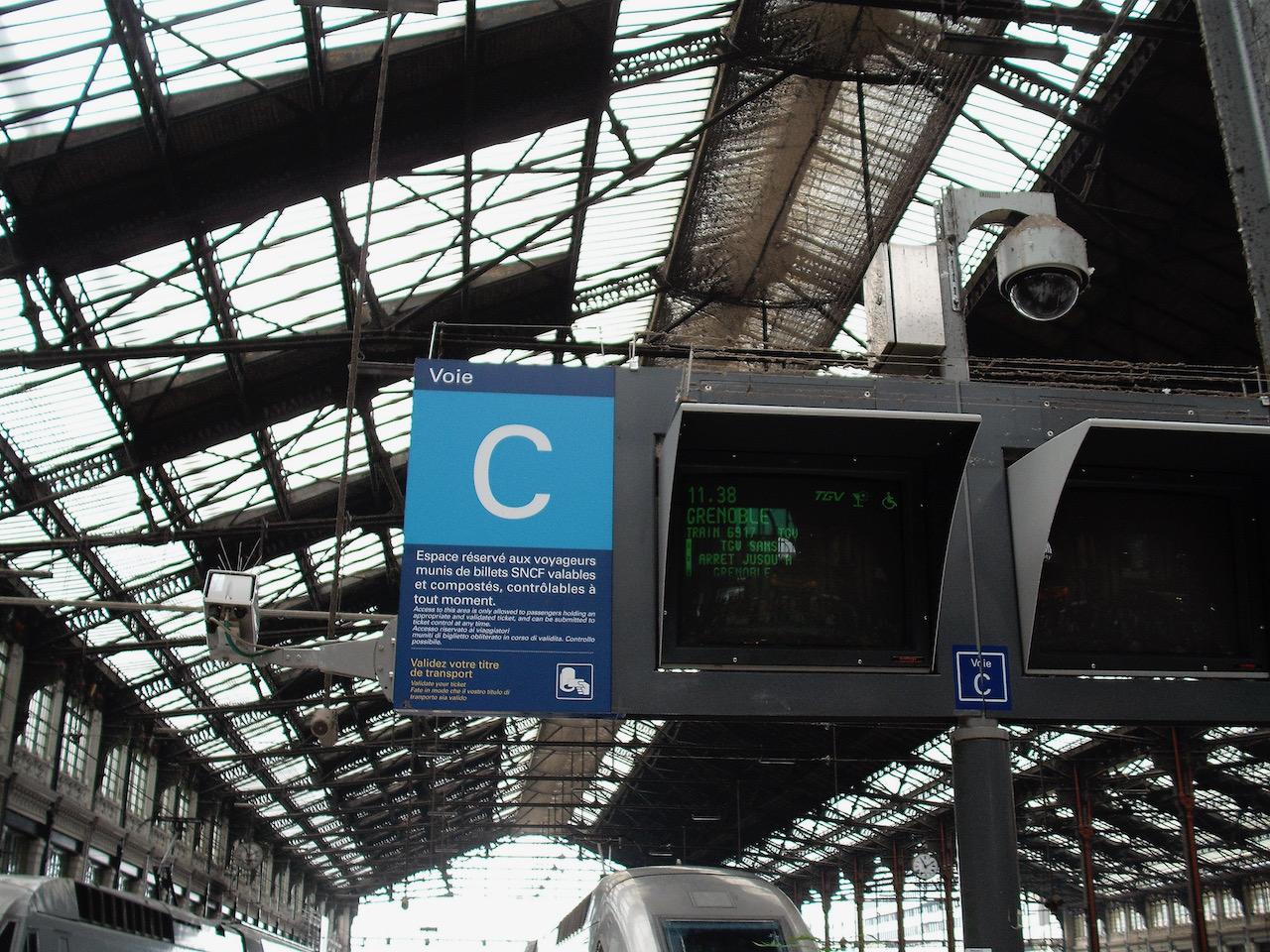 Information screen for TGV 6917