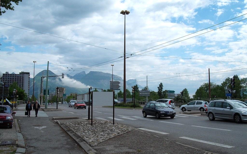 Main Road 2