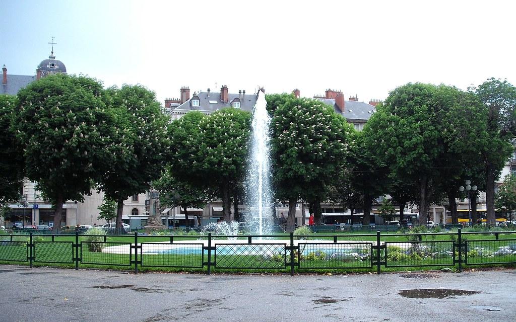 Place de Victor Hugo